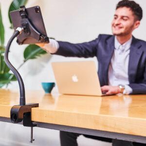 tablet-houder-voor-ipad-standaard-met-klem-op-het-werk-goose