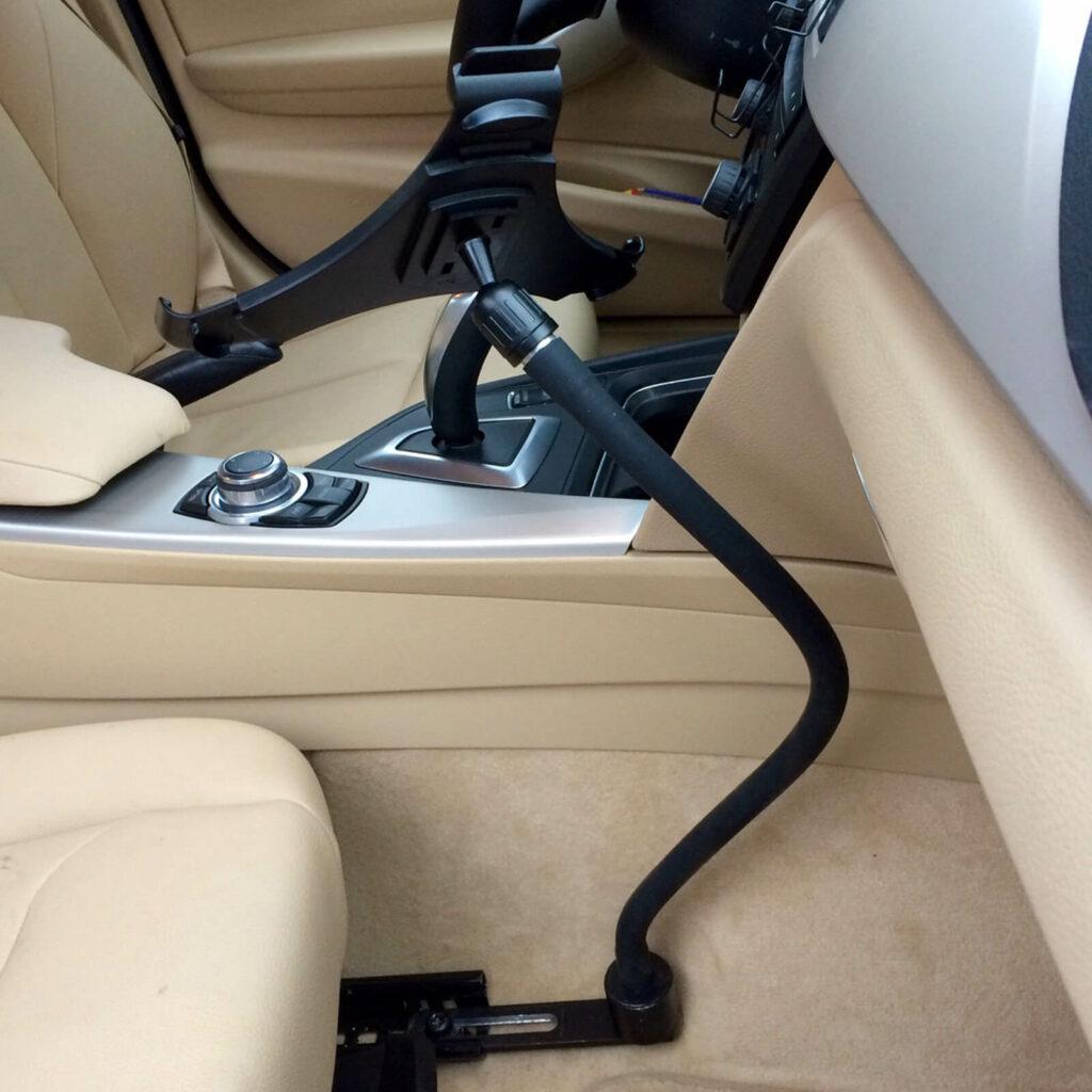 Flexibele auto tablet houder van GOOS-E