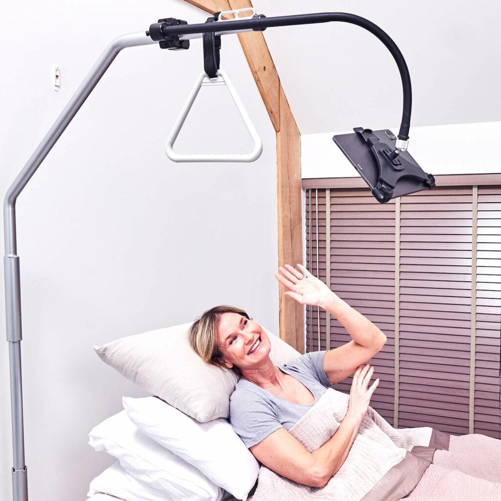 iPad im Krankenhaus oder Pflege Bett GOOS-E