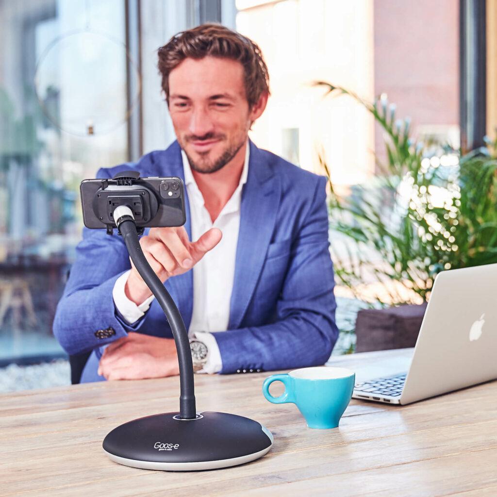 Standaard statief voor telefoon van GOOS-E