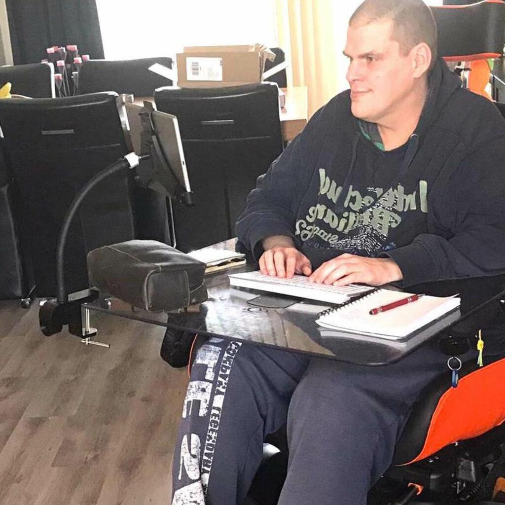 Tablet Halterung Rollstuhl