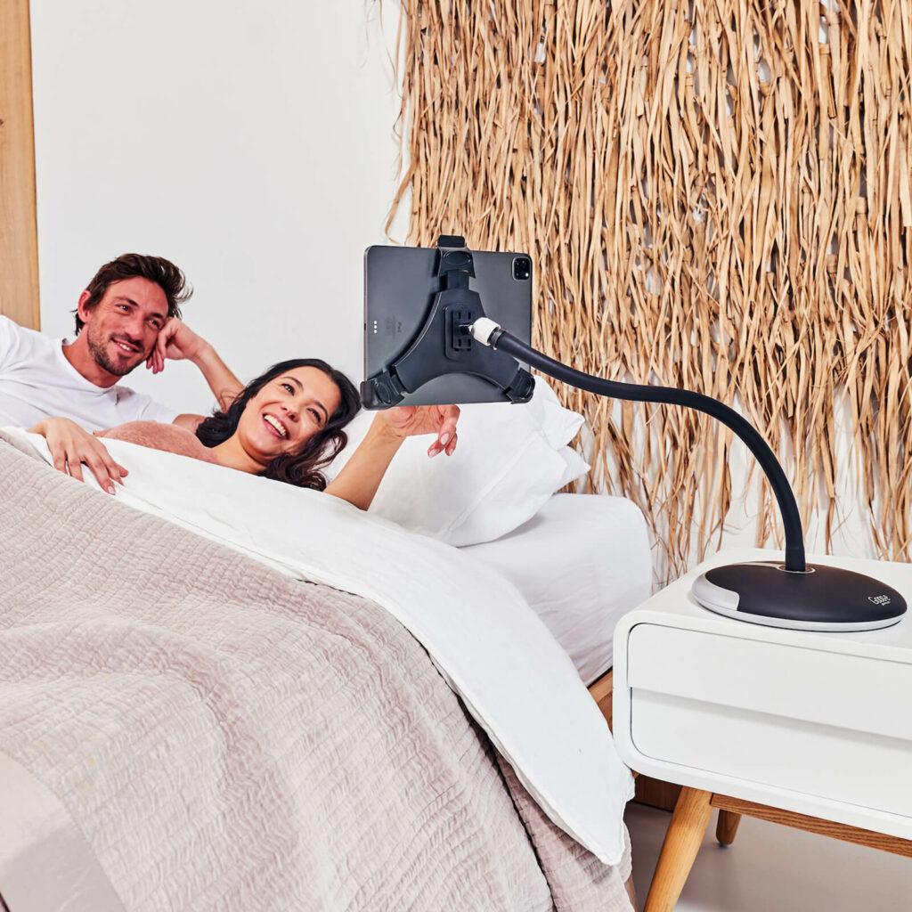 flexibele tablethouder bed